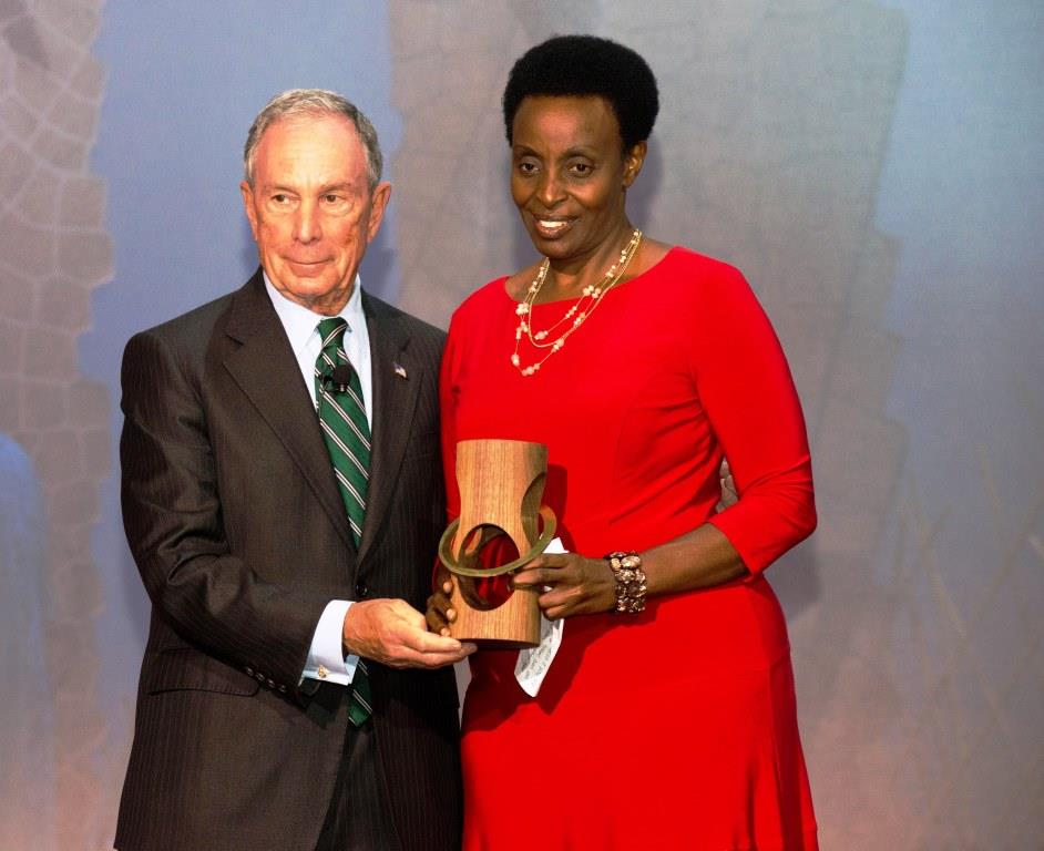 Ms. Robinah Kaitiritimba receiving a Bloomberg Philanthropies Award from the Global Ambassador for Noncommunicable Diseases (NCDs), Mr. Michael Bloomberg for Global Tobacco Control. Part of the World Conference on Tobacco or Health in Cape Town, the Awards were created to recognize governments and non-governmental organizations demonstrating excellent progress or achievement in the implementation of MPOWER strategies in low-and middle-income countries, Cape Town, South Africa, March 7th, 2018.